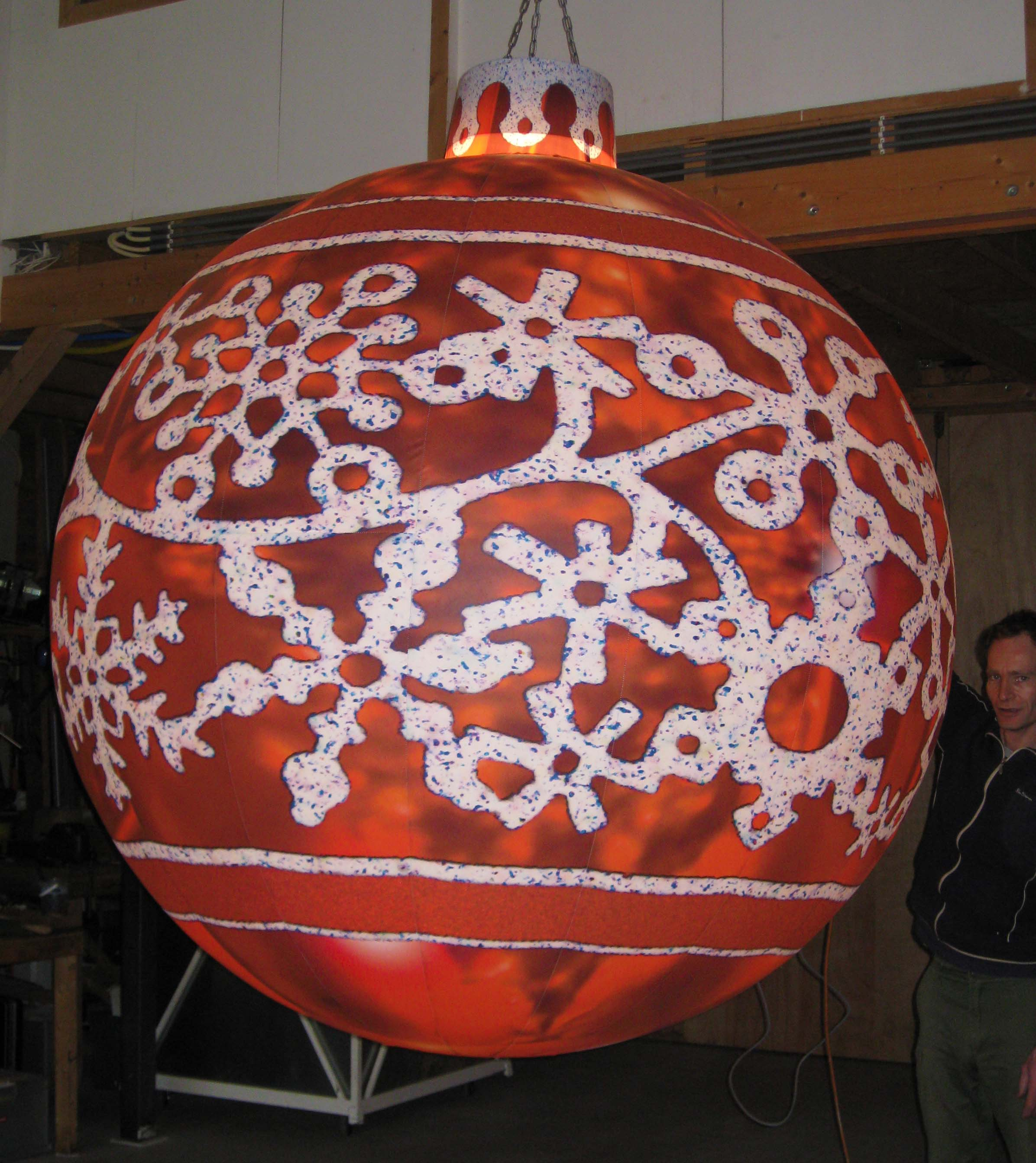 Rentals-Christmas_Baubles-red_glitter-01