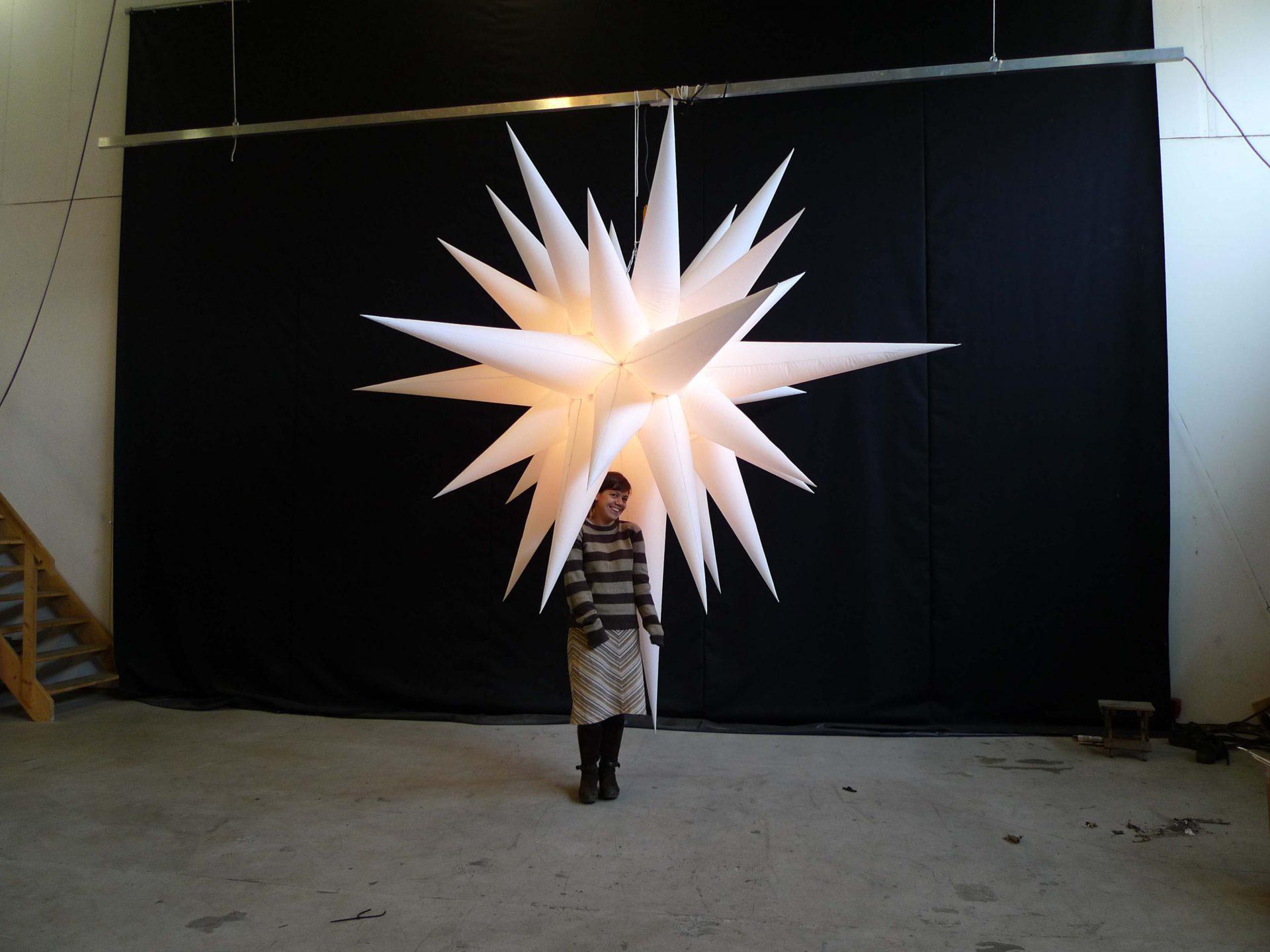 2.8m white christmas star backlit