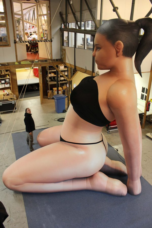 5m inflatable woman in bikini