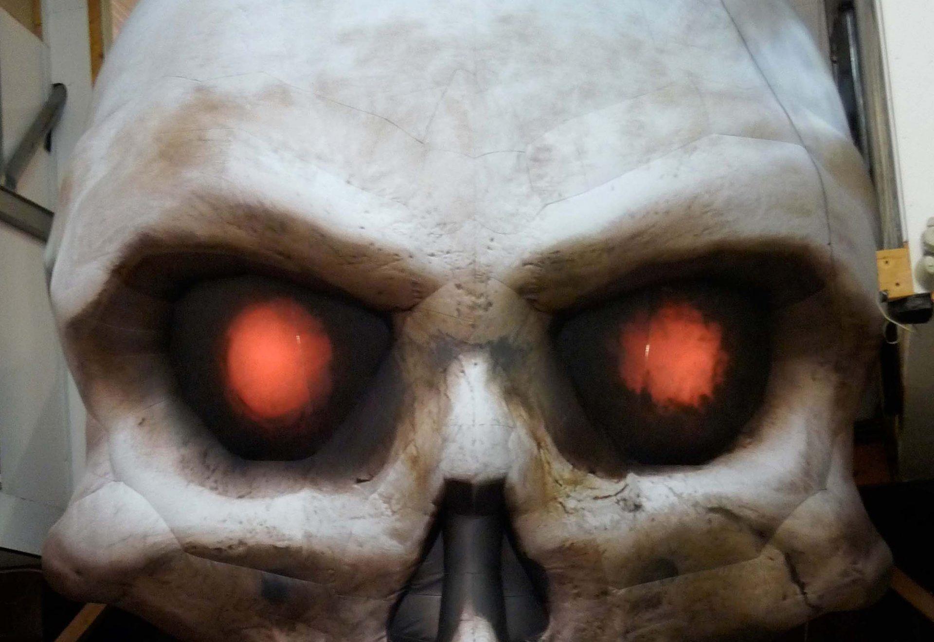 4.5m skull interior lit eyes Airworks Rentals